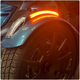Front Fender Amber Reflectors with Sequential LED Turn Signals & Running Lights for the Can-Am Ryker